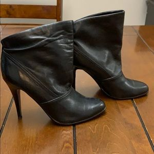 Roberto Vianni ankle boot, size 8